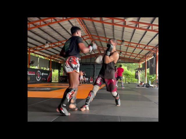 Saksurin and Jahongir sparring MMA class @ Tiger Muay Thai