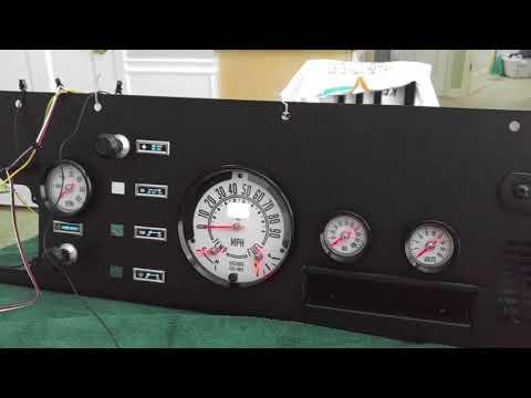CJ-8 Scrambler Dash With SpeedHut Gauges - Power & Wiring Test