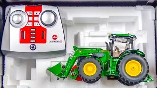 RC tractor John Deere gets unboxed and dirty for the first time!