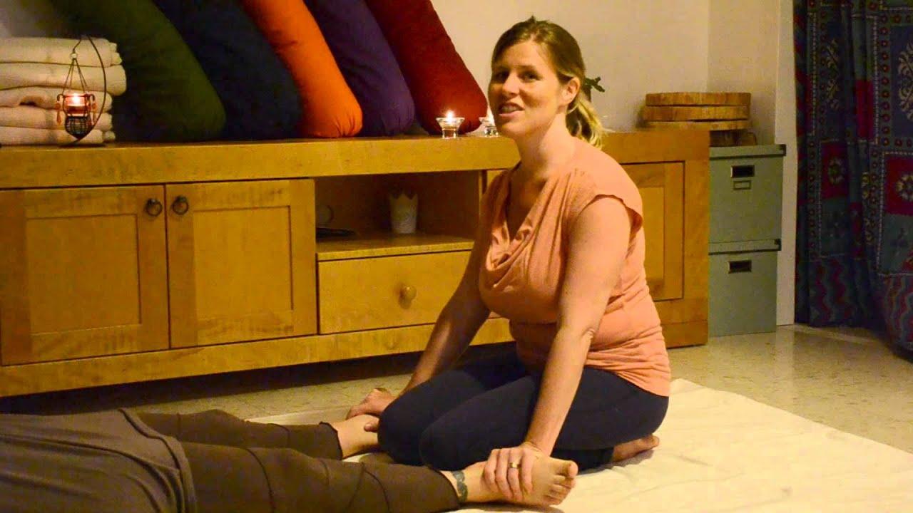 עיסוי תאילנדי כמקור לריפוי - ארין קמרר Thai Massage as