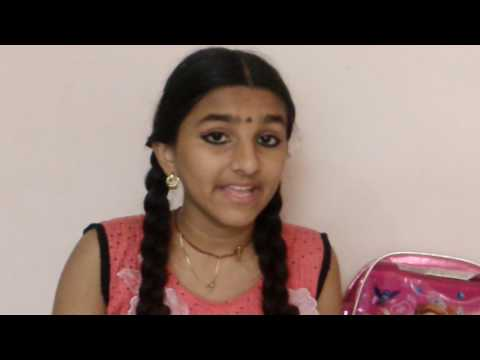 Jayalakshmi  singing  Ek Radha  ek meera  ...