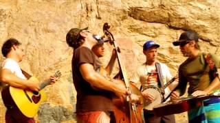 The Infamous Stringdusters- Live From RattleSnake Cave  Tears of The Earth