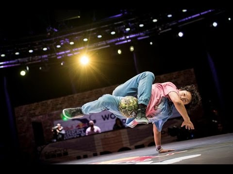 FINAL BATTLE - Charly (Argentina) Vs Kosuke (Japan) :: Red Bull Street Style 2016