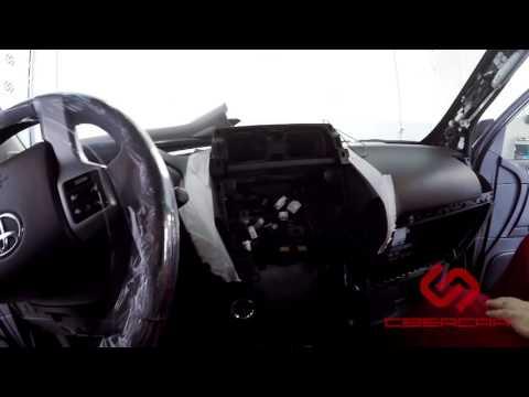 Как разобрать Toyota Land Cruiser Prado 150 для подключения Андроид навигации к штатному монитору.