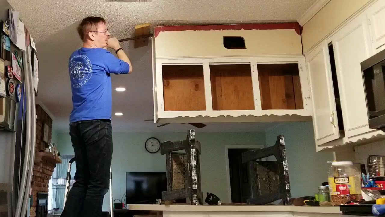 Removing Upper Cabinet To Further Open Up Den Kitchen Youtube