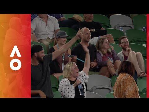 Crowd sings Sweet Caroline for Wozniacki | Australian Open 2018