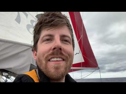 Solo sailing Los Angeles to Hawaii on 23ft boat