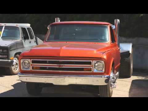Fast and The Furious Truck Chevy  C-10   Car Chasers
