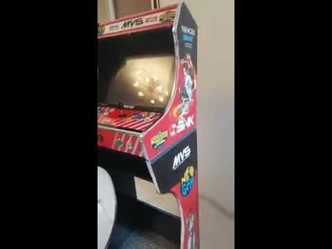 Vidéo Bartop customisé au look Neo Geo