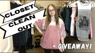 Organize/ Clean Out My Closet With Me  + Giveaway | Chit-Chat