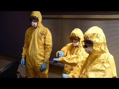 What to wear in an Ebola outbreak zone