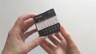 Desktop calendar puzzle cube