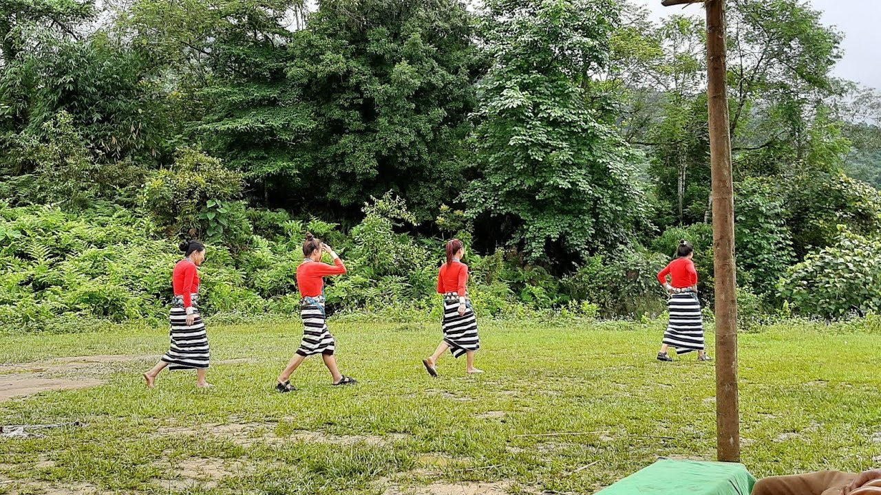 21 Koloriang's MLA Lokam Tassar Visits To Chome Village :  Rikam Pada Welcome Dance    Ponung Dance