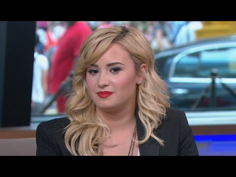 Demi Lovato Interview 2013: Singer on Father's Death, New Scholarship Initiative