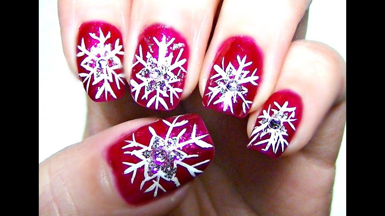 christmas holiday nail art snowflakes