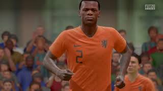 FIFA 20 Denzel Dumfries volley
