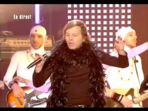 Philippe Katerine « Louxor, j'adore» Les Victoires de la Musique 2006