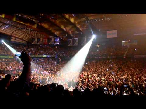 Romeo Santos Obsesion Allstate Arena Chicago  3/13/12 Formula Volume 1 tour
