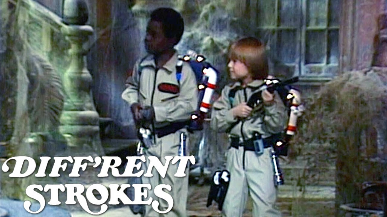 Arnold and Sam Go Ghost Hunting! | Diff'rent Strokes
