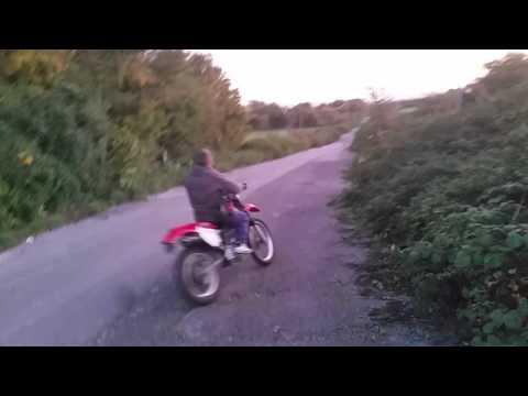 Honda xr250 first ride + wheelies