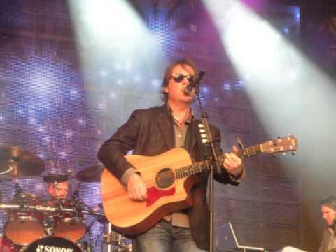 Bruce Guthro - Radio interview in DK 2011