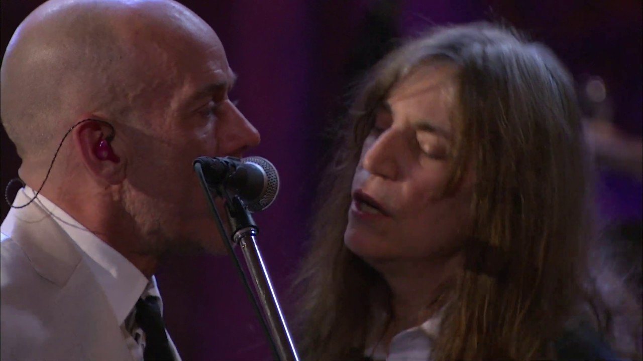 """Download R.E.M., Patti Smith perform """"I Wanna Be Your Dog"""" at the 2007 Induction Ceremony"""