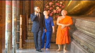 Obama begins his Asian tour in Thailand - no comment