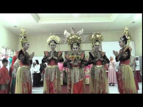 Tari Penyambut Pengantin Minang