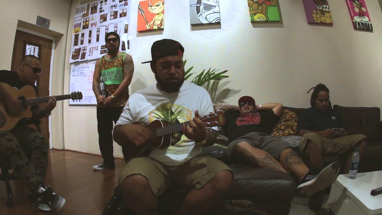 rebel-souljahz-ms-beautiful-ft-jah-maoli-acoustic-farmers-market-hawaii