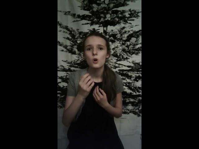 Изображение предпросмотра прочтения – АнастасияАверина читает произведение «У черного моря чинара стоит молодая» М.Ю.Лермонтова