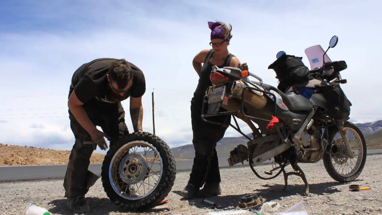 Motorcycle Flat Tire Ruta 40 - Argentina - YouTube
