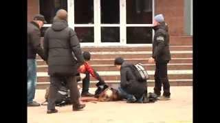 видео Россиянина расстреляли из Калашникова в Киеве