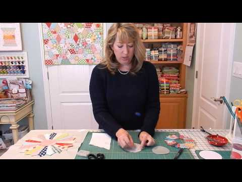 Dresden Plate Block Tutorial Part 2: The Circle Center