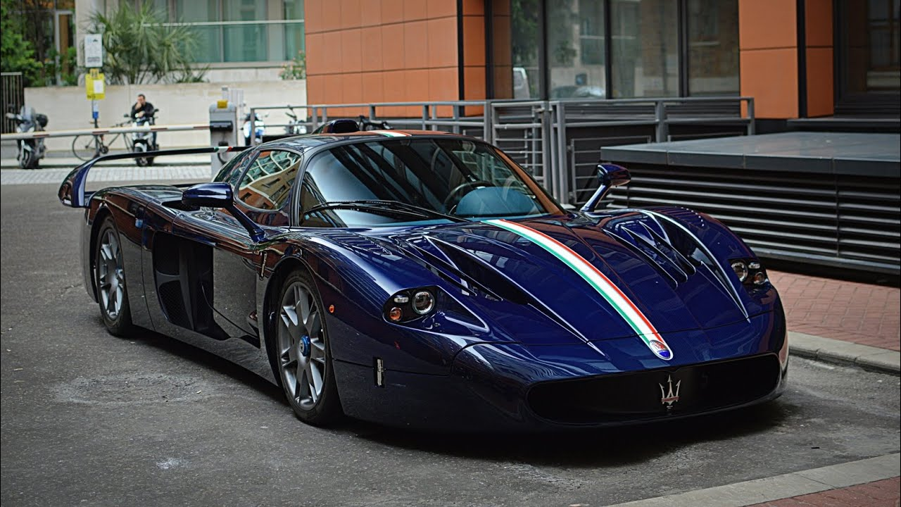 blue carbon maserati mc12 start up and driving in london youtube. Black Bedroom Furniture Sets. Home Design Ideas