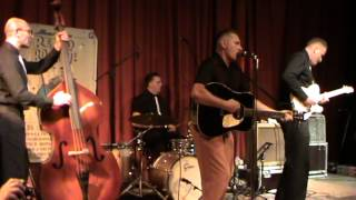 Dale Rocka & the Volcanoes : Shake