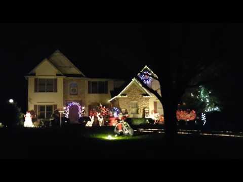 2016 Musical light display in Avon, Ohio