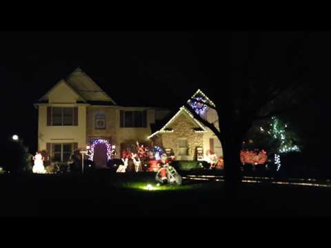 2016 Musical light display in Avon, Ohio