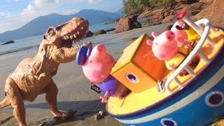 Dinossauro Ataca O Barco Do Vovô Pig Peppa E George