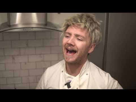 Gordon Ramsay Cooks With His House Mate