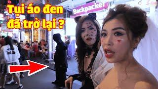 Bọn Áo Đen Theo Dõi Pinky Meena Vào Ngày Halloween Trên Phố Bùi Viện !? | PINKY HONEY