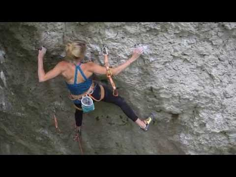 Lena Herrmann on Battle Cat 8c+