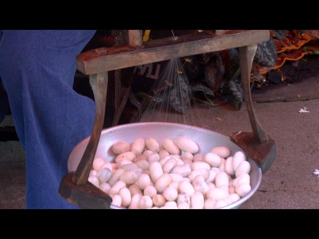 Тъкане на коприна в Банкок