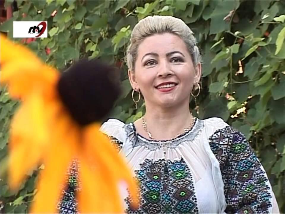 Elena DeBurdo