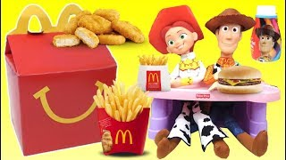 Woody and Jessie From TOY STORY 4 Eat a McDonald's Happy Meal | Toys Unlimited