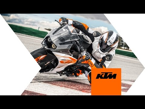KTM RC 200 - race-bred attitude | KTM