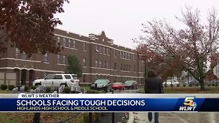 Schools face tough decision when ice storm rolled in