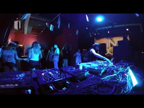 Mini Room 1ª Temporada Episódio #1 - DJ Janna (Live @ Brasília)