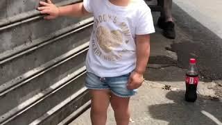 #nahalatbenyamin #telaviv #israel #trip #children #happy #smile #daughter #knitting #colors