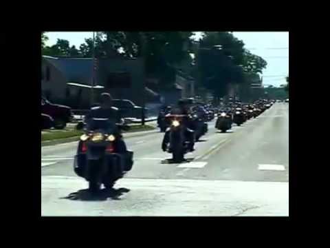 bikergangblockwestborobaptistchurchfromasoldiers