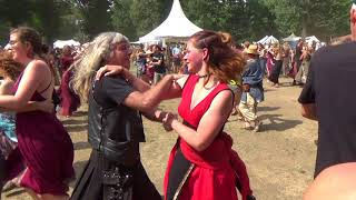 Emian PaganFolk - Chêne Blanc - Castlefest 4-8-2018 - Village Stage (10) Balfolk Dance